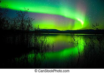 luces, norteño, lago, reflejado