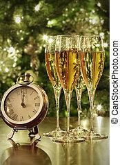 luci, bicchieri champagne, orologio
