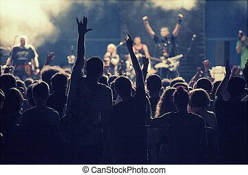 luci, palcoscenico, concerto, folla, sfocato