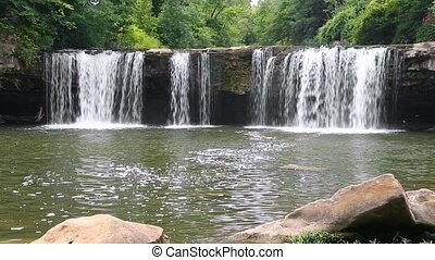 Ludlow Falls Loop