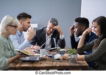 ludzie, argumentując, spotkanie, handlowy