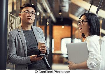 ludzie, asian, nowoczesny, biuro, handlowy