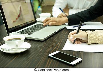 ludzie, spotkanie, komputer, notatnik, handlowy, używając