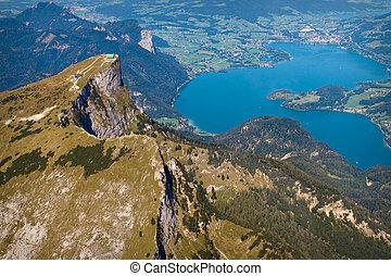 Luftaufnahme Schafberg und Mondsee, Salzkammergut,...