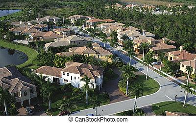 luftaufnahmen, nachbarschaft, florida, überführung