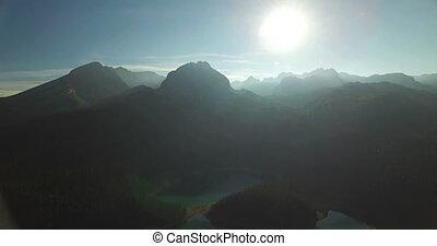 luftblick, von, schwarz, see, in, durmitor, nationalpark, in, montenegro