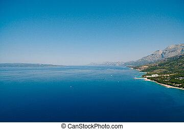 luftfoto, brummen, makarska, kroatien