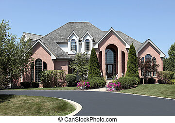 lujo, ladrillo, hogar, con, cedro, techo