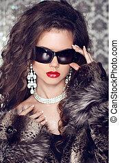 lujo, moda, retrato, de, elegante, mujer, modelo, con, gafas de sol