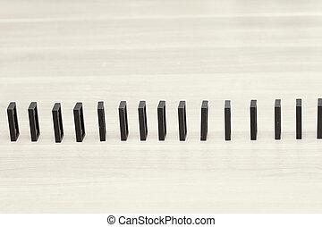 lukke, oppe., domino, skærve, vær, bygg ind, en, række, på, den, desktop, forretningsmand