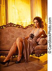 luksus, młoda kobieta, w, kosztowny, interior., dziewczyna,...