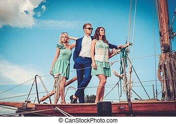 luksus, przyjaciele, jacht, bogaty, szykowny