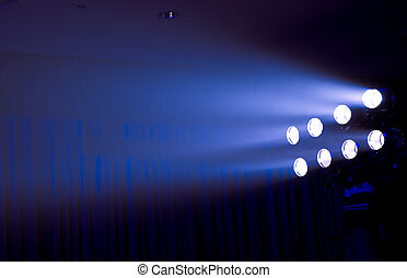lumières, étape