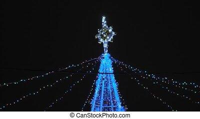 lumières, décoré, artificiel, construction, arbre., clignotant, noël, guirlande