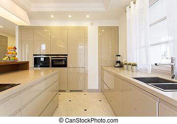 luminoso, gabinetto, spazioso, andato bene, cucina