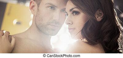 luminoso, ritratto, di, il, sensuale, coppia