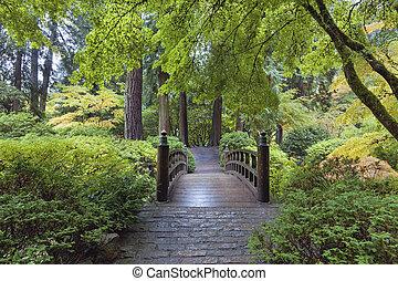 luna, puente, en, jardín japonés