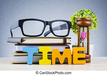 lunettes, concept, temps, sombre, bois, gestion, fond, bureau, sablier