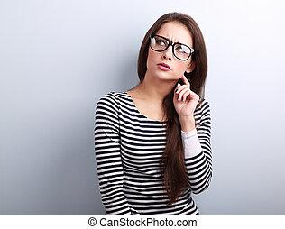 lunettes, pensée, fâché, jeune, haut, regarder, femme,...