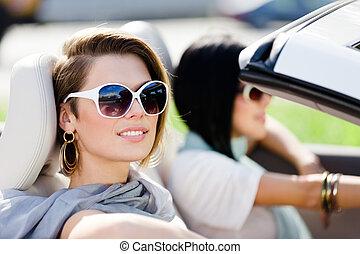 lunettes soleil, voiture, filles, haut fin, cabriolet