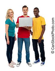 lunghezza, laptop, pieno, colpo, adolescenti
