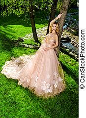lush peach dress - Charming bride girl in a beautiful ...