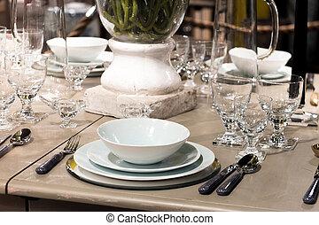 lusso, montaggio tavola