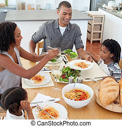lustig, familie, ißt, zusammen