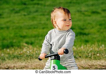 lustig, kind, fahrrad, himself., genießen, three-wheel, ...