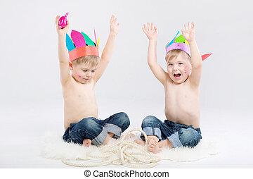 lustiges, bild, indianer, zwei jungen, spielende
