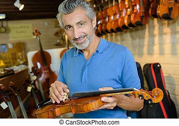 luthier, violino, riparazione