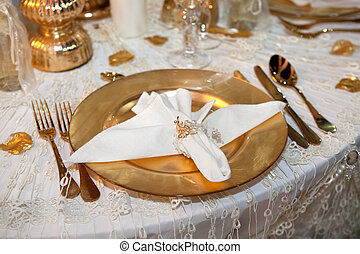 Luxurious wedding dinner