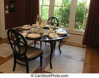 Luxury 5 - Dining 2