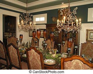 Luxury 6 - Dining 1