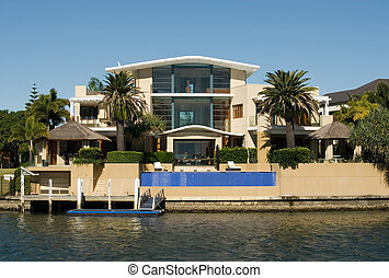 Luxury Home - A luxury home on a waterway, Surfers Paradise...