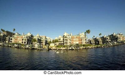 Luxury homes with yatch inTampa, Florida, The residents get...