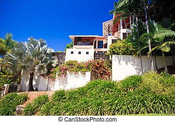 Luxury house in the tropics