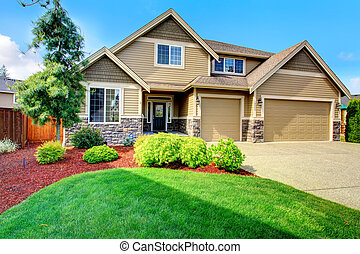 Luxury house ith beautiful curb appeal - Clapboard siding...