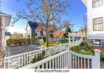 Luxury house with backyard garden