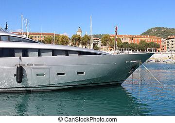 Luxury Yacht in Nice