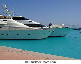luxury yachts 04