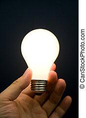 luz, luminoso, bulbo, segurando mão