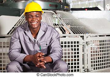 lycklig, afrikansk amerikan, textilt verk, arbetare