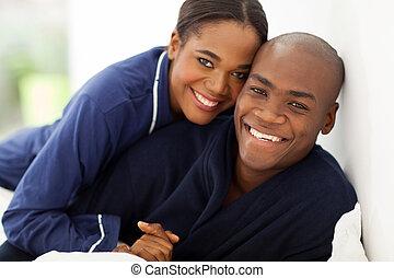 lycklig, afrikansk, par, in, nightwear