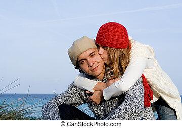 lycklig, blandad kapplöpning, par, på semester