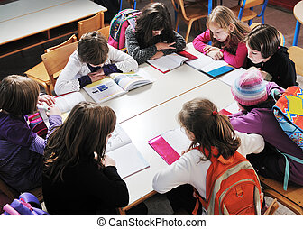 lycklig, lurar, med, lärare, in, skola, klassrum