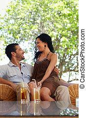 lycklig, make och hustru, gör, smekmånad, in, tillflykt