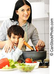 lycklig, mor, och, litet, son, i köket, lycklig, tid, och, samhörighetskänsla