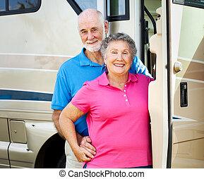 lycklig, pensioneratt par, med, rv