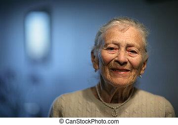 lycklig, senior woman, hemma